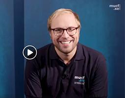 Bild p� Linus Wellander som �r moderator p� MUCF:s rikskonferens 2019