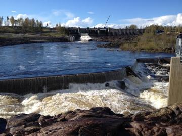 Stornorrfors vattenkraftverk vid Norrforsen i Umeälven. Foto: Lisa Lundstedt