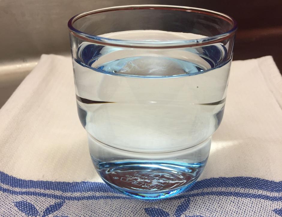 Glas med kranvatten. Foto: Maria Göranson