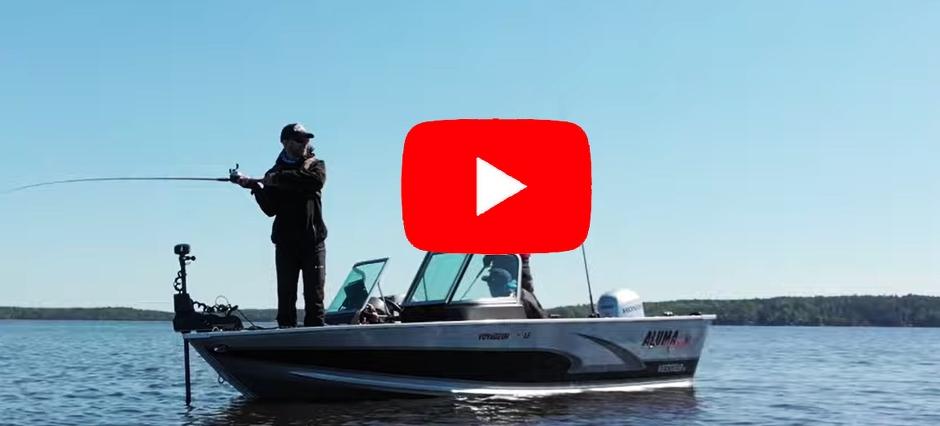Fiske från båt i Vänern. Foto: Igelkott film.