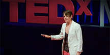TED Talk by Elise Roy. Photo