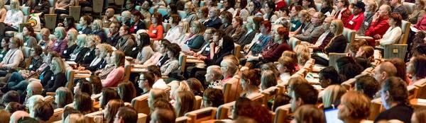 Bild på publiken i salen