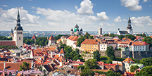 Vy över gamla staden i Tallin, Estland. Foto